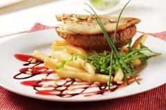 Filete y fritadas fritos cacerola de pescados Imagenes de archivo