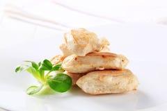 Filetes cocinados del pollo Imagenes de archivo