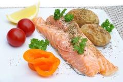 Filetes de color salmón tratados con vapor Foto de archivo libre de regalías