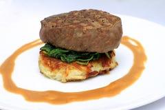 Filetlapje vlees op een aardappelrosti Royalty-vrije Stock Foto