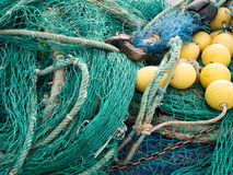 Filets de pêche avec les vagabonds jaunes Photo stock