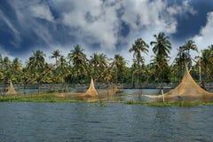 Filets de pêche chinois. Images libres de droits