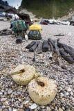 Filets de pêche et attirail associé Photos stock