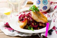 Filetti di pesce con salsa agrodolce Fotografie Stock Libere da Diritti