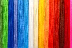 Filetti Multi-coloured di una lana Fotografia Stock