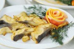 Filetto di pesce al forno Fotografie Stock Libere da Diritti