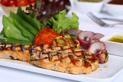 Filetto di pesce con la verdura Immagine Stock Libera da Diritti