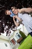 Filho no ombro do pai Imagem de Stock Royalty Free