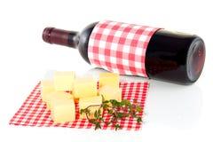 Filhotes do queijo e vinho vermelho Imagem de Stock Royalty Free