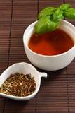 filiżanka cieszy się pokojowego herbacianego czas obrazy stock