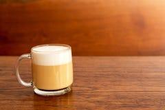 Filiżanka gorąca latte kawa Fotografia Royalty Free