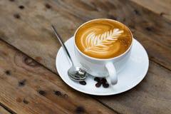Filiżanka gorąca latte sztuki kawa Zdjęcie Stock