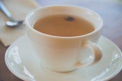 Filiżanka herbata i łyżka Fotografia Royalty Free