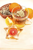 Filiżanka herbata i świeża owoc Fotografia Stock