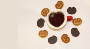 Filiżanka herbata w postaci serca z przestrzenią tekst na lewicie Zdjęcia Royalty Free