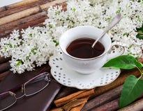 Filiżanka kawy, biały bez zdjęcie royalty free