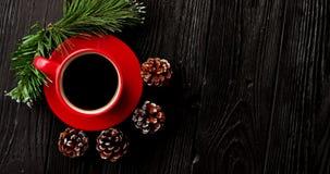 Filiżanka kawy i pinecones zdjęcie wideo