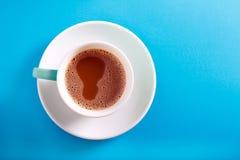 Filiżanka kawy z mlekiem w filiżance Obraz Royalty Free