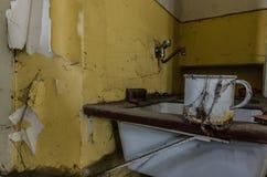 filiżanka w starym domu obrazy stock