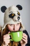 filiżanki kobieta szczęśliwa herbaciana Obrazy Royalty Free