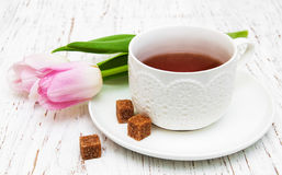 filiżanki różowej herbaty tulipany Obraz Stock