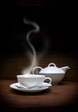 filiżanki teapot biel zdjęcie stock