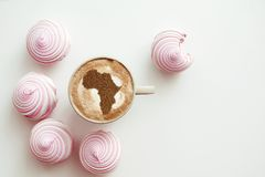 Filiżanka cappuccino z obrazkiem Afryka Zdjęcia Royalty Free