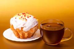 Filiżanka herbata i tort Obrazy Royalty Free