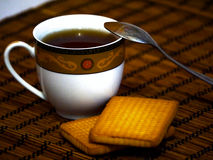 Filiżanka herbata z tortami Obraz Royalty Free