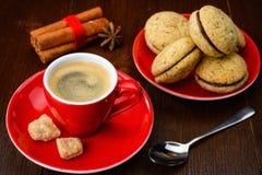 Filiżanka kawy i ciastka Zdjęcia Stock