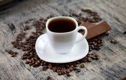 Filiżanka kawy i czekolada Obraz Royalty Free