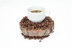 Filiżanka kawy na drewnie Obrazy Stock