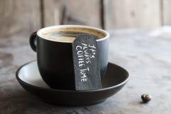Filiżanka kawy, tekst Zdjęcie Royalty Free