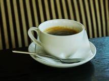 Filiżanka kawy w kawiarni Fotografia Stock