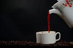 Filiżanka kawy z garnkiem Zdjęcie Royalty Free