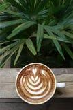 Filiżanka latte sztuki kawa Zdjęcia Royalty Free