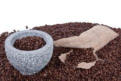 Filiżanki kawy fasole Obrazy Royalty Free