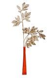 Filial da decoração do ouro no vaso vermelho Fotos de Stock