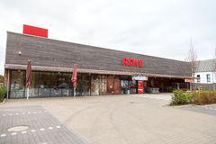 Filial de la cadena de supermercados alemana, REWE Foto de archivo libre de regalías