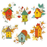 Filiali decorative di autunno con i Birdhouses Fotografia Stock Libera da Diritti