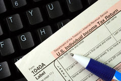 Filing the income tax return online Royalty Free Stock Images