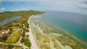 Filipińczyk brzegowy z morzem blisko, Bohol wyspa, Filipiny widok z lotu ptaka Anda miasto obraz royalty free