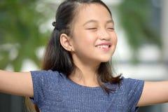 Filipina Adolescent And Freedom jeune photo libre de droits