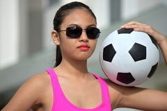 Filipina Person With Soccer Ball privo di emozioni fotografia stock
