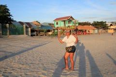 Filipino na praia Imagem de Stock Royalty Free