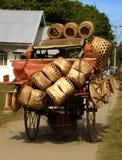 filippinsk säljare för korg Arkivfoton