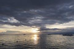 Filippinsk solnedgång av den Panglao ön, Filippinerna Royaltyfria Foton