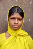 Fille adolescente à la zone de bassin houiller de Jharia Image libre de droits