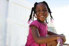 Fille adorable d'afro-américain Photographie stock libre de droits