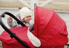 Fille adroite d'enfant en bas âge Photos libres de droits